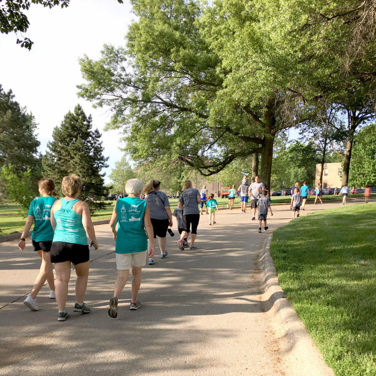 Walkers and runners during the 1-Mile Walk/Run