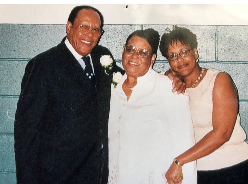 Smith, pictured with her parents Willie and Wilma